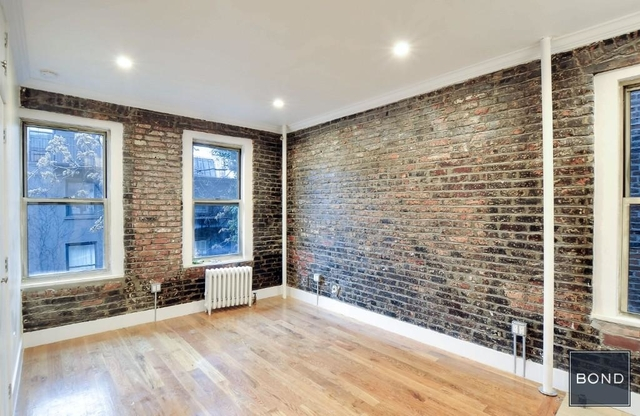 1 Bedroom, Alphabet City Rental in NYC for $2,990 - Photo 1