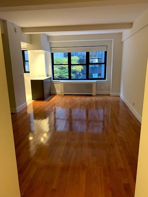 Studio, Sutton Place Rental in NYC for $2,563 - Photo 1