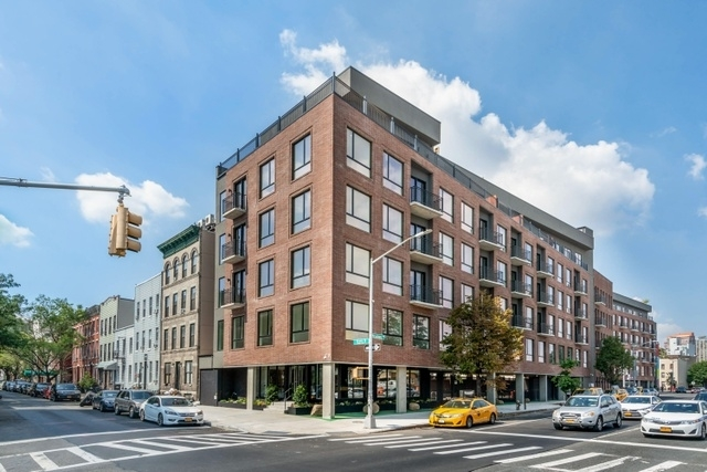 1 Bedroom, Greenpoint Rental in NYC for $3,985 - Photo 1