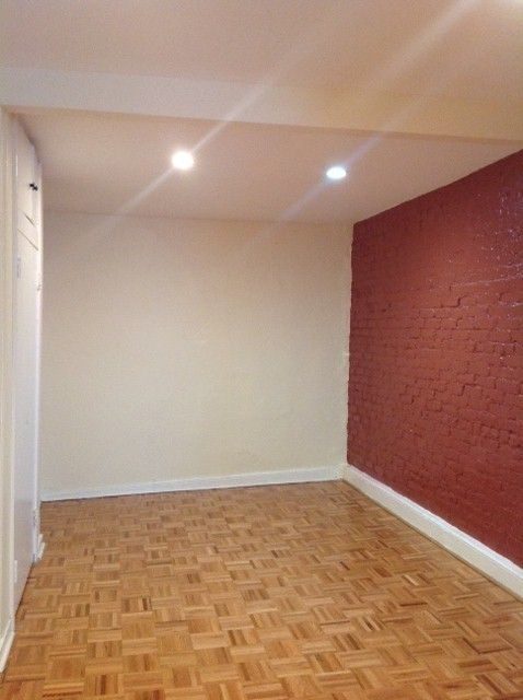 at *No Fee* Exposed Brick, Charming & Large living space! Great location!  - Photo 1