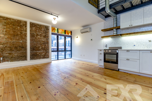 3 Bedrooms, Williamsburg Rental in NYC for $5,550 - Photo 2