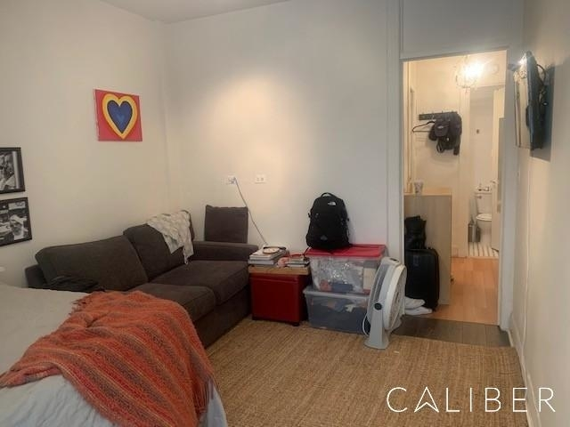 Studio, Upper East Side Rental in NYC for $2,095 - Photo 2