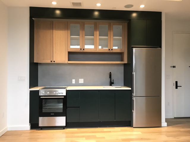 1 Bedroom, Greenpoint Rental in NYC for $3,200 - Photo 2