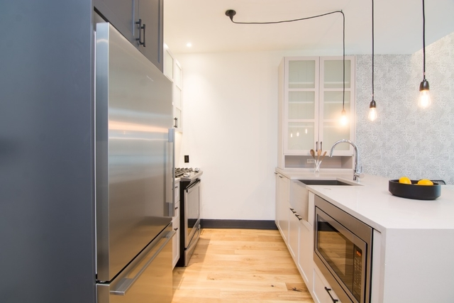 2 Bedrooms, Bushwick Rental in NYC for $3,514 - Photo 2