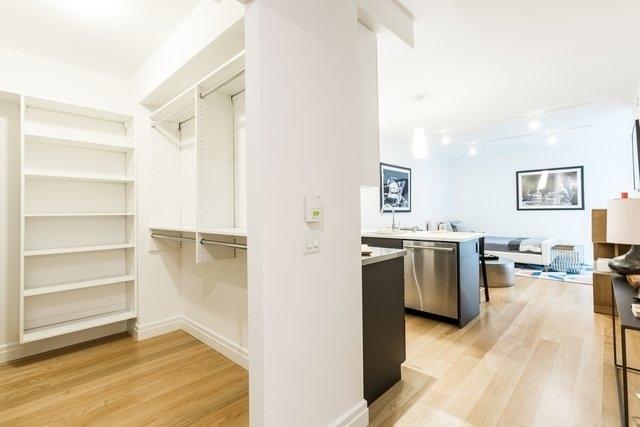 Studio, DUMBO Rental in NYC for $3,595 - Photo 1