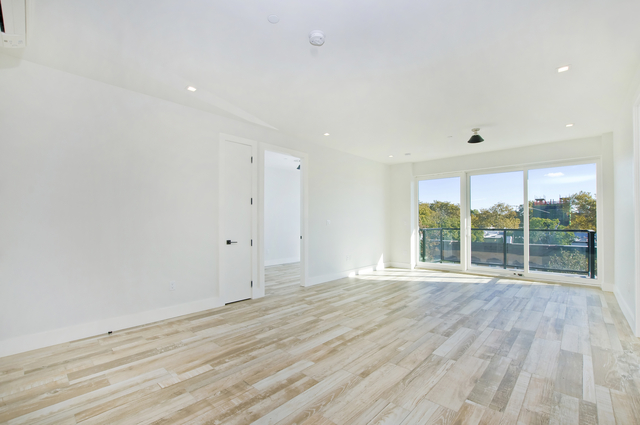 2 Bedrooms, Flatbush Rental in NYC for $2,700 - Photo 2