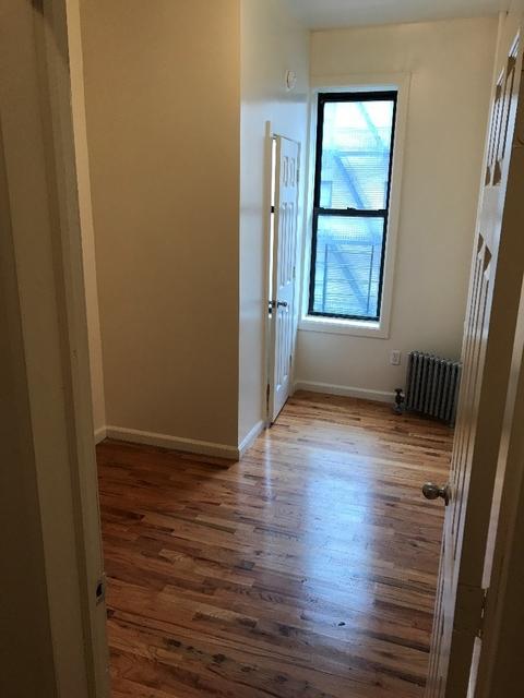 Room, Washington Heights Rental in NYC for $799 - Photo 2