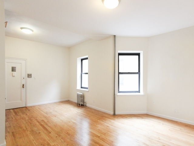 2 Bedrooms, Little Italy Rental in NYC for $4,825 - Photo 2