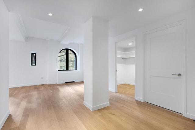 Studio, Civic Center Rental in NYC for $4,000 - Photo 1
