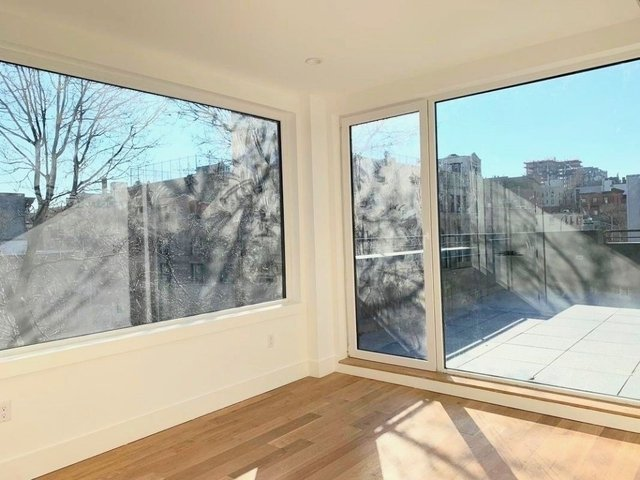3 Bedrooms, Williamsburg Rental in NYC for $4,499 - Photo 2