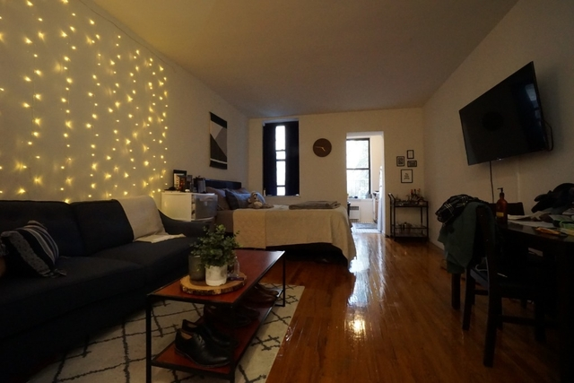 at 1409 Second Avenue - Photo 1