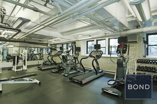 2 Bedrooms, Upper East Side Rental in NYC for $7,475 - Photo 2