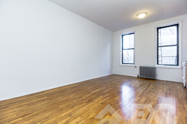 1 Bedroom, Williamsburg Rental in NYC for $2,299 - Photo 2