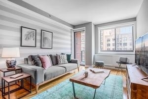 1 Bedroom, Chelsea Rental in NYC for $5,573 - Photo 1