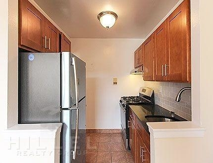 1 Bedroom, Briarwood Rental in NYC for $1,875 - Photo 2