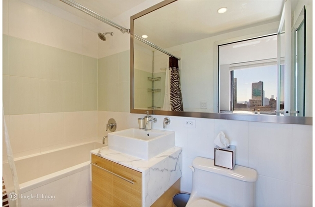 Studio, Garment District Rental in NYC for $3,050 - Photo 2