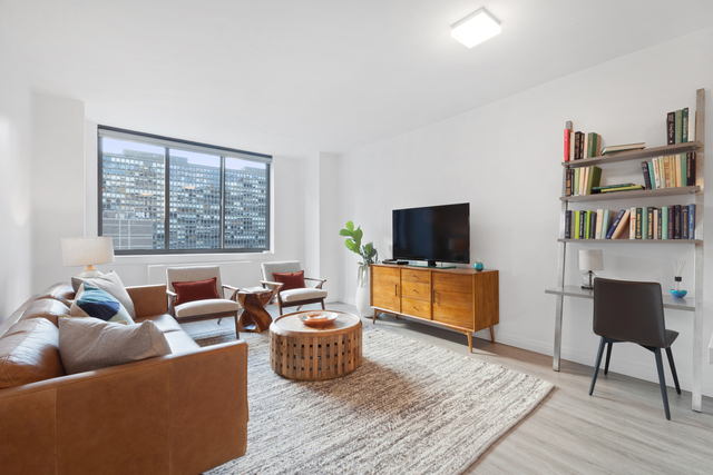 2 Bedrooms, Kips Bay Rental in NYC for $5,225 - Photo 1