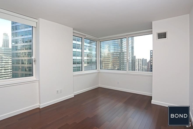 3 Bedrooms, Battery Park City Rental in NYC for $13,900 - Photo 2