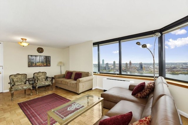 3 Bedrooms, Turtle Bay Rental in NYC for $4,495 - Photo 1