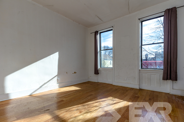 2 Bedrooms, Highland Park Rental in NYC for $1,899 - Photo 1