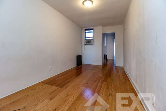 2 Bedrooms, Highland Park Rental in NYC for $1,899 - Photo 2