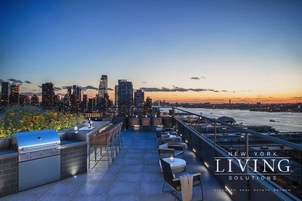 4 Bedrooms, Hell's Kitchen Rental in NYC for $6,498 - Photo 1