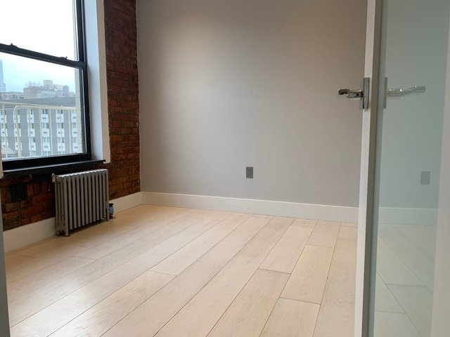 3 Bedrooms, Hell's Kitchen Rental in NYC for $4,707 - Photo 2