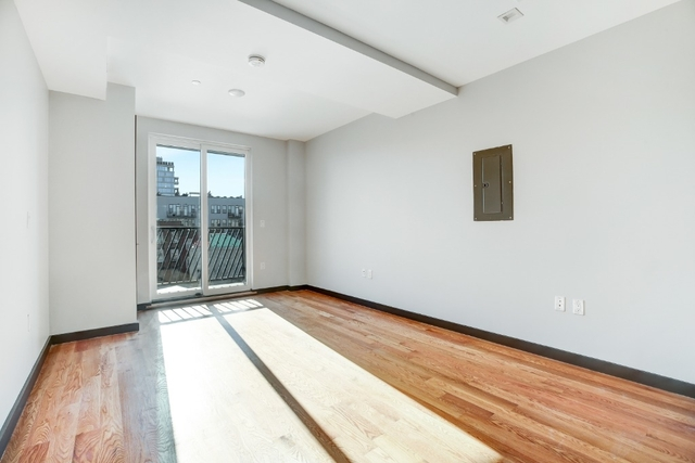 2 Bedrooms, Williamsburg Rental in NYC for $3,725 - Photo 1