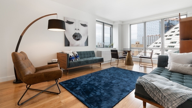 2 Bedrooms, Hell's Kitchen Rental in NYC for $5,636 - Photo 2