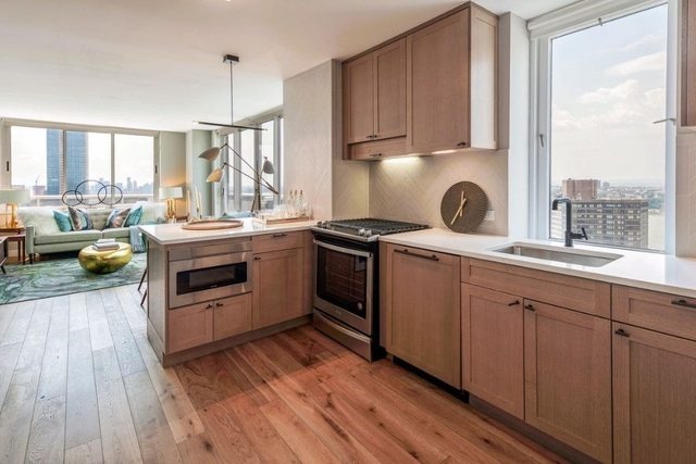 2 Bedrooms, Hell's Kitchen Rental in NYC for $6,980 - Photo 1