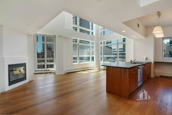 3 Bedrooms, Central Park Rental in NYC for $10,000 - Photo 1
