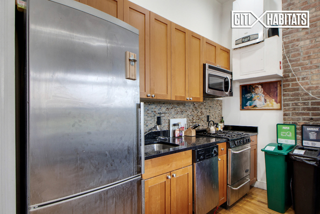 3 Bedrooms, East Village Rental in NYC for $6,100 - Photo 2