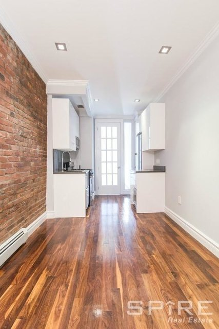 2 Bedrooms, Little Italy Rental in NYC for $4,440 - Photo 2