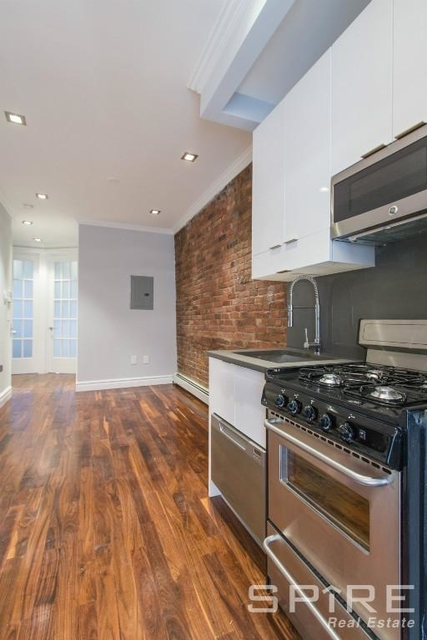 2 Bedrooms, Little Italy Rental in NYC for $4,440 - Photo 1