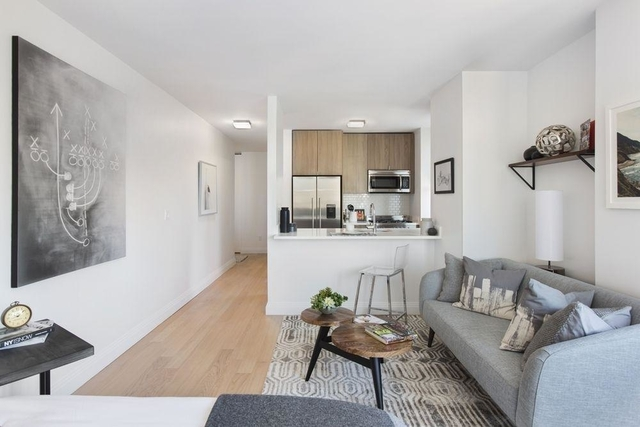 Studio, Yorkville Rental in NYC for $2,700 - Photo 2