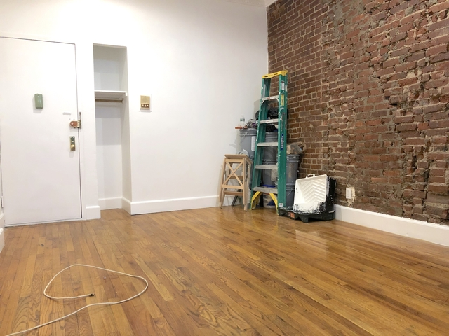 2 Bedrooms, Lincoln Square Rental in NYC for $3,375 - Photo 2