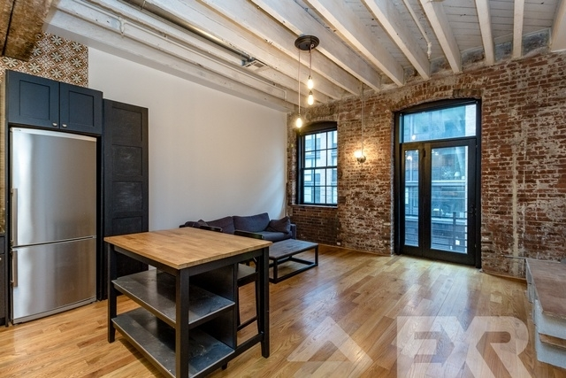 Loft, Williamsburg Rental in NYC for $3,000 - Photo 1