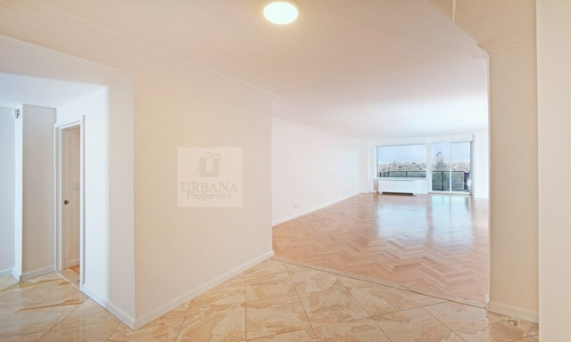 3 Bedrooms, Upper East Side Rental in NYC for $25,000 - Photo 2