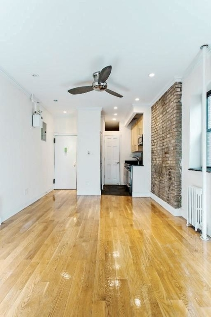 1 Bedroom, Rose Hill Rental in NYC for $3,020 - Photo 2