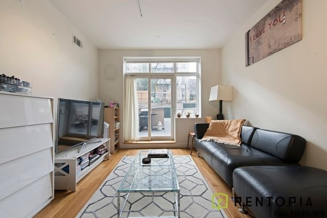 3 Bedrooms, Williamsburg Rental in NYC for $5,875 - Photo 1