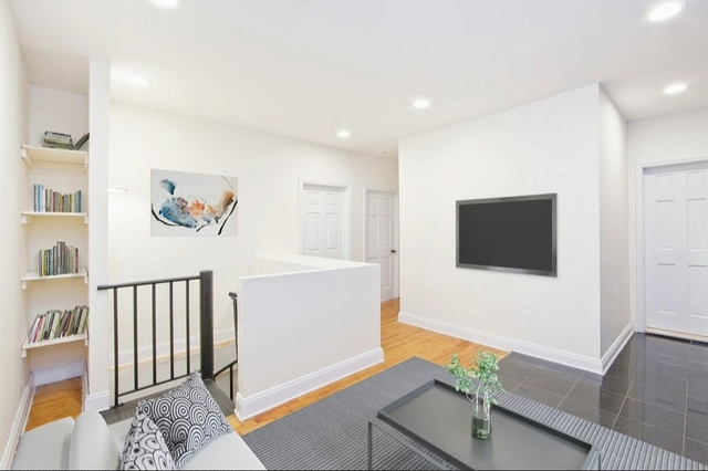 5 Bedrooms, Alphabet City Rental in NYC for $6,295 - Photo 2