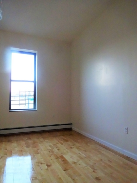 Room, Bushwick Rental in NYC for $875 - Photo 2