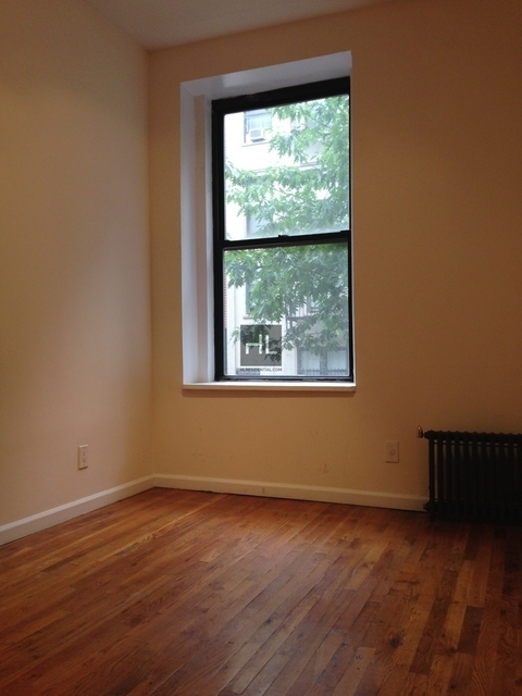 3 Bedrooms, East Village Rental in NYC for $3,950 - Photo 2