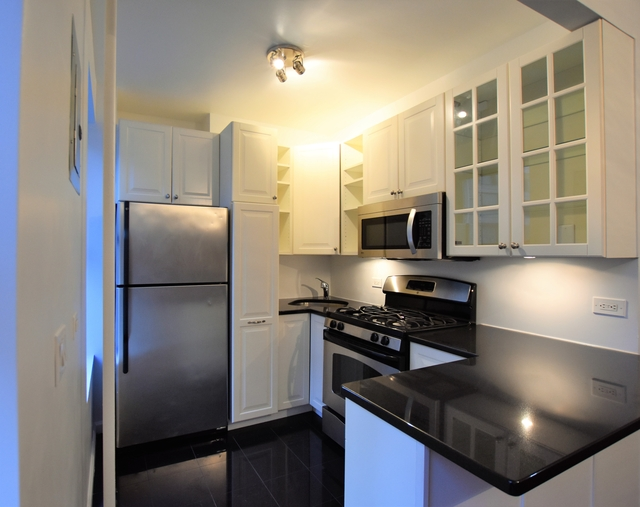 1 Bedroom, Hudson Square Rental in NYC for $3,695 - Photo 1