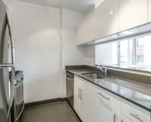 2 Bedrooms, Chelsea Rental in NYC for $5,954 - Photo 2