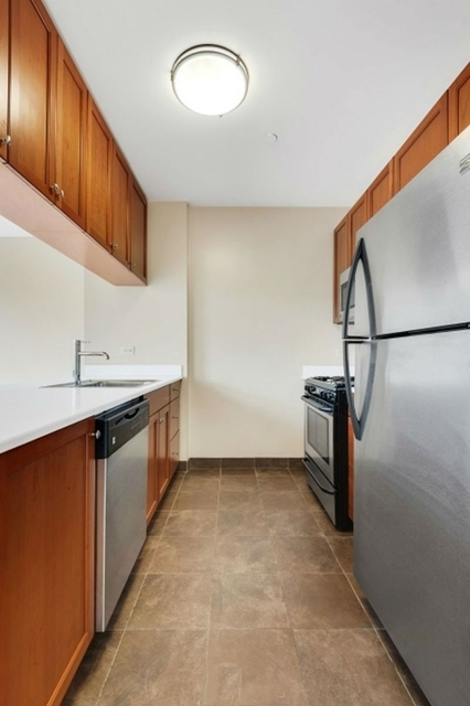 1 Bedroom, Williamsburg Rental in NYC for $2,865 - Photo 2