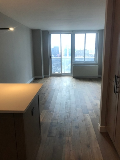 Studio, Hell's Kitchen Rental in NYC for $2,845 - Photo 2