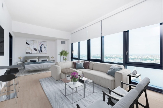 Studio, Lincoln Square Rental in NYC for $4,450 - Photo 2