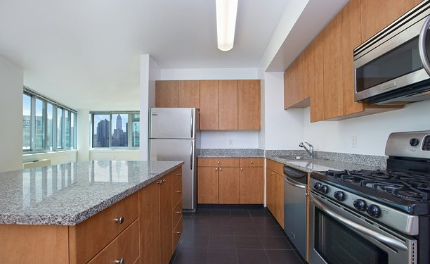 3 Bedrooms, Hunters Point Rental in NYC for $4,150 - Photo 1