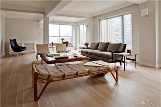 5 Bedrooms, Turtle Bay Rental in NYC for $16,750 - Photo 2